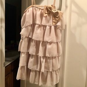 Dresses & Skirts - Gold cocktail dress with cute bow